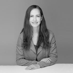 Astrid Bonk I event-akademie.at - Portraitfoto von Astrid Bonk